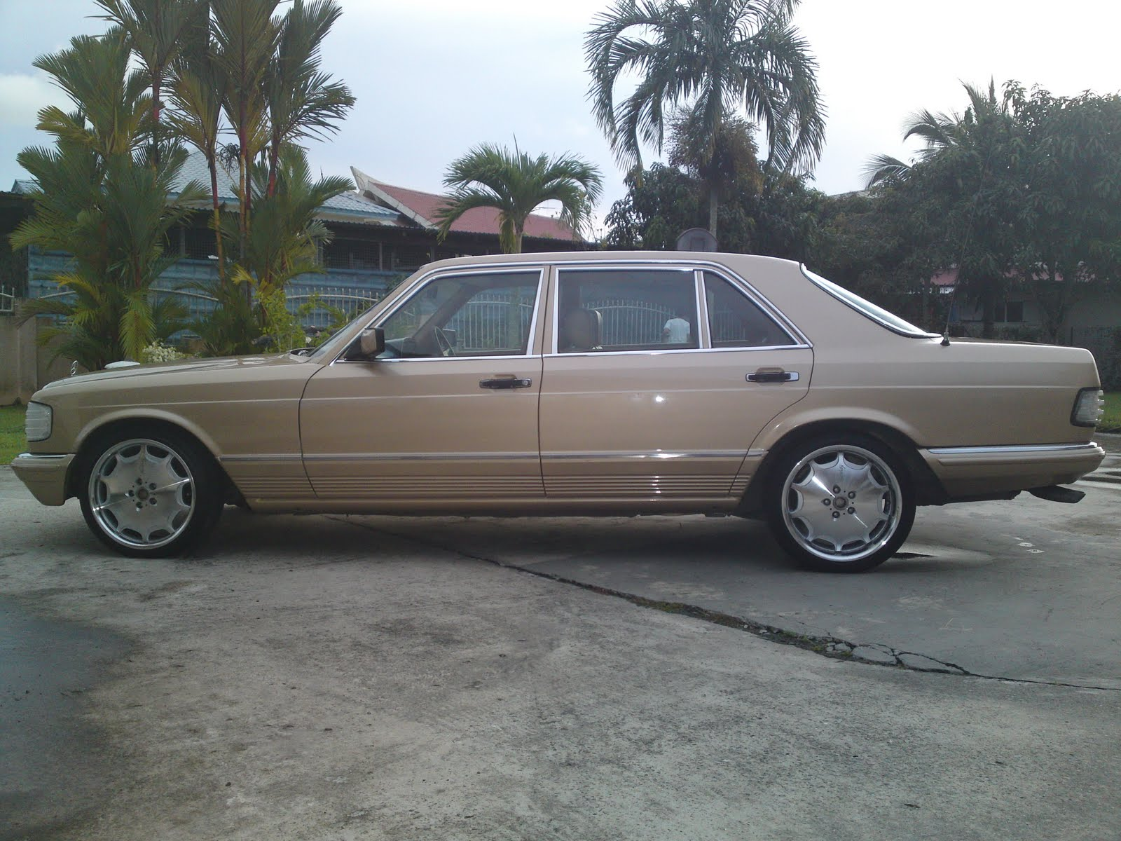 Brunei mercedes owner group w126 for sale sold for Mercedes benz w126 for sale
