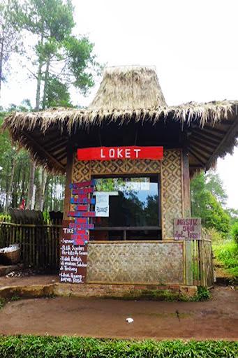 Loket Wisata Kebun Strawberry Petik Sendiri