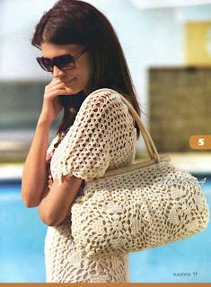 Такую сумочку и платье можно самостоятельно связать крючком.  Ведь схемы вязания не сложные. а описание.