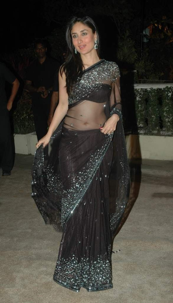Kareena Kapoor in Black Saree