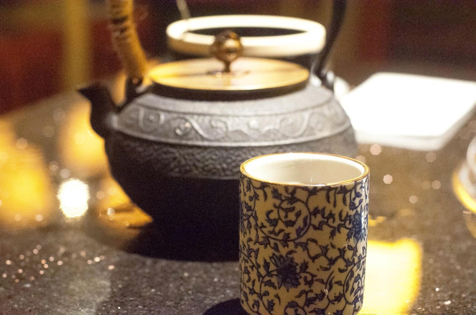 Hot Chinese Tea