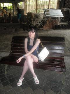 YohYi Shumi Jing Facebook girls 18