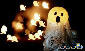 Handmade Halloween ghosts for decorations 4
