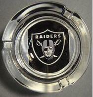 Cenicero deportivo Raiders