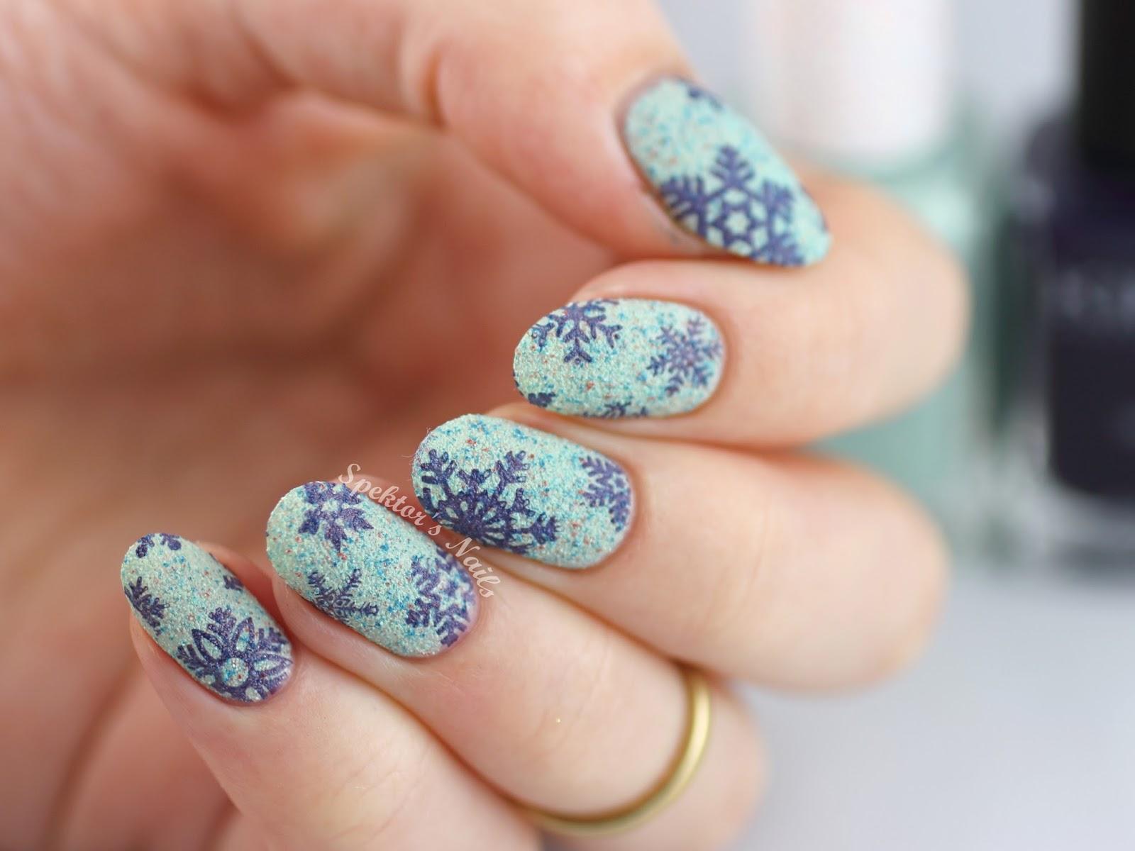 Snowflake Nails - Textured Stamping MoYou London Christmas Collection & Kiko Cosmetics