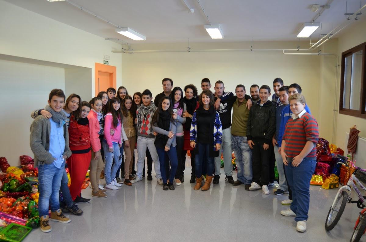 Visita del I.E.S Sierra de Aras de Lucena al Departamento de Física.