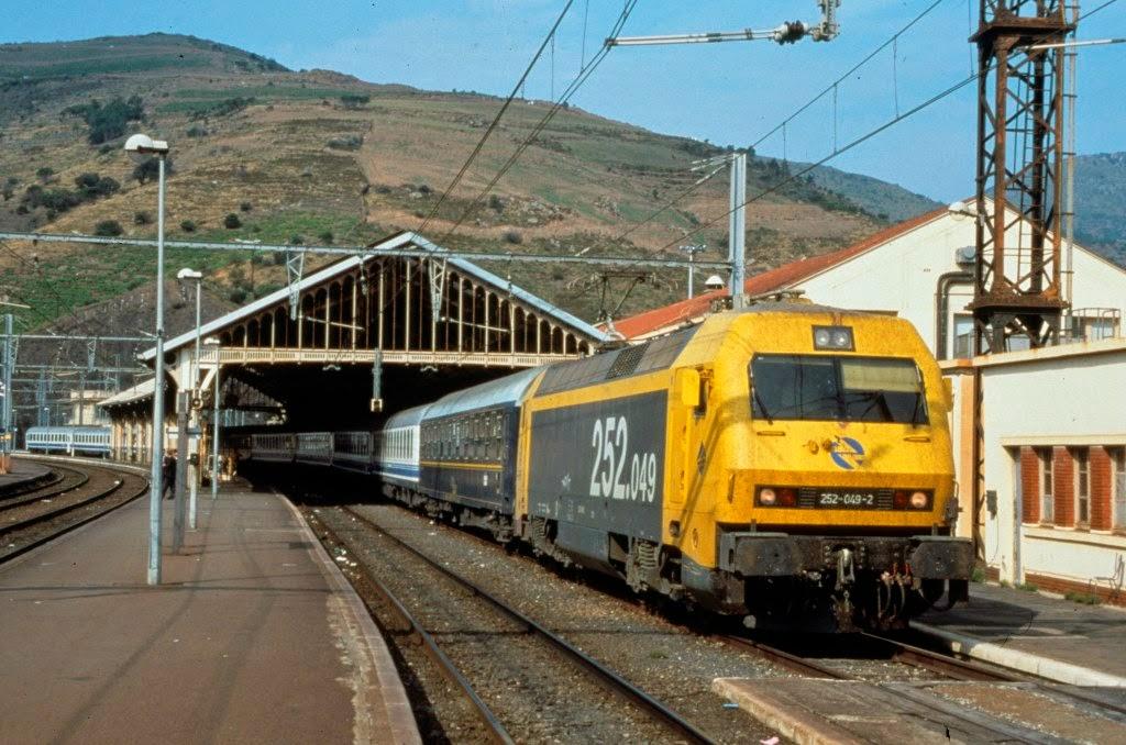Viajes ferroviarios de ayer hoy y ma ana estaci n de for Distancia barcelona paris
