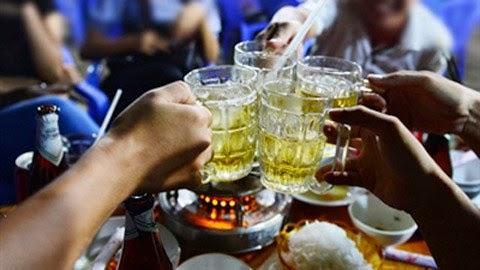 Việt Nam nhất thế giới:Quảng cáo và uống rượu, bia thỏa thích