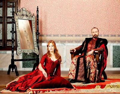 Hürrem sultan takıları taç ve yüzük