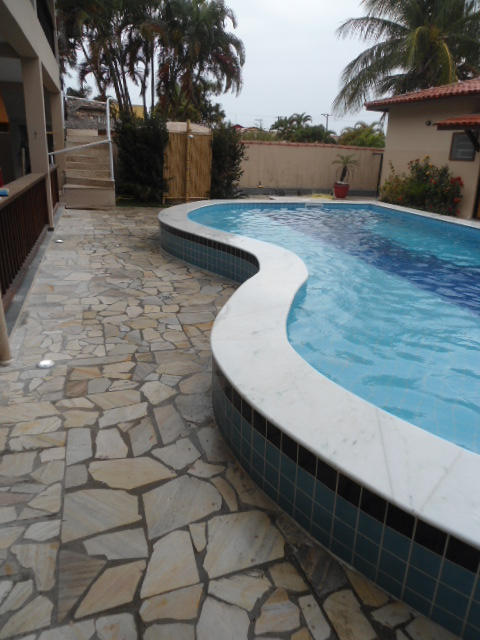 Impacto arquitetura e design modelos de piscinas impacto for Modelos de reposeras para piscinas