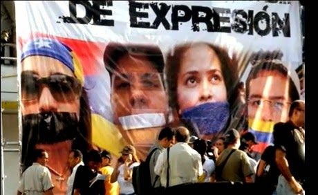 Resultado de imagen para imagenes de periodistas colombianos censurados