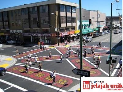 Diagonal Crosswalk