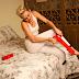 Miley faz quadradinho de quatro na nova versão de 'We Can't Stop'
