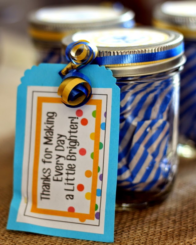 Simple, easy, inexpensive leader gifts for scouts with thank you notes