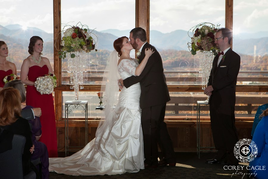 The kiss, mountain views at the crest center