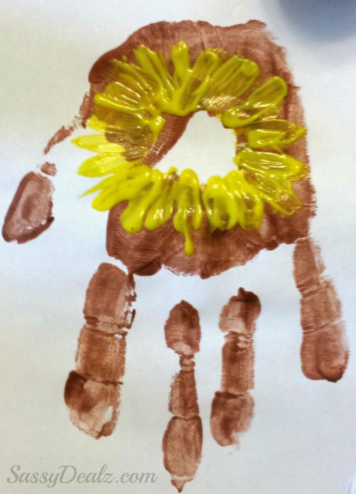 Christmas Hand Craft Ideas Part - 36: Baby Jesus In A Manger Handprint Craft
