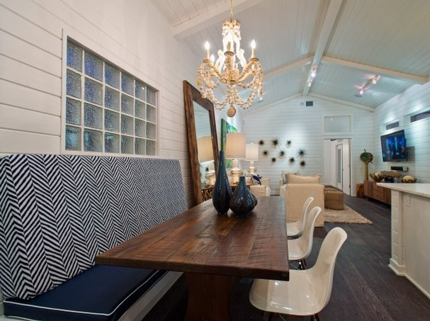 Booth Style Dining Set Booth Veneers Pic