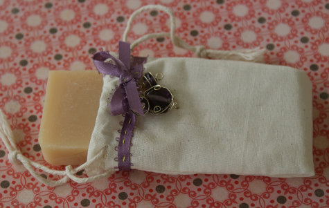 DIY Soap Wedding Favor Craft Project