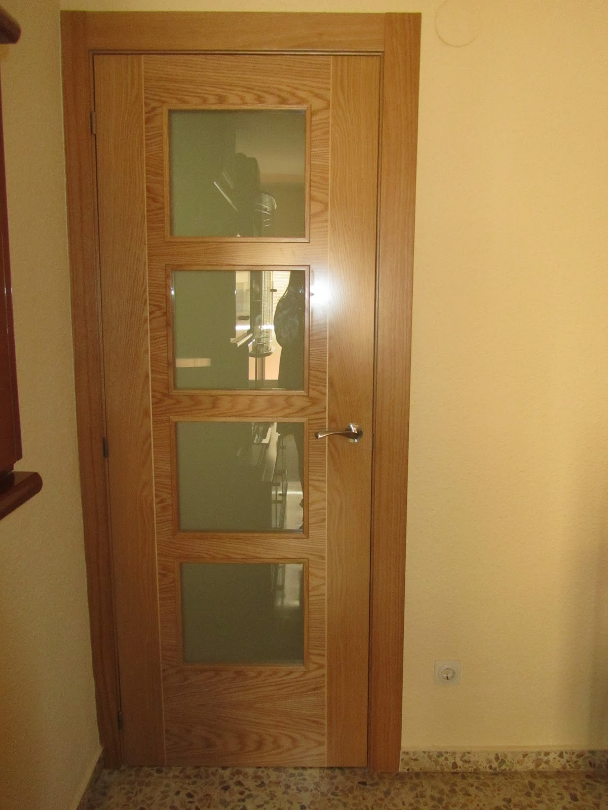 Puertas lozano reforma vivienda puertas de interior for Lo ultimo en puertas de interior