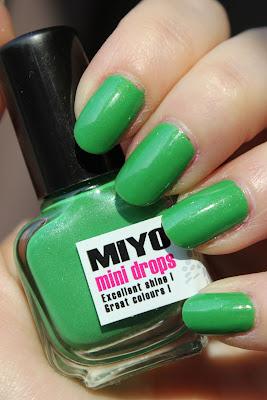 http://lacquediction.blogspot.de/2013/05/miyo-mini-drops-98-glossy-grass.html