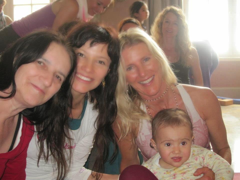 Shakthi Power -Mami, eu, Shiva Rea e Zoe