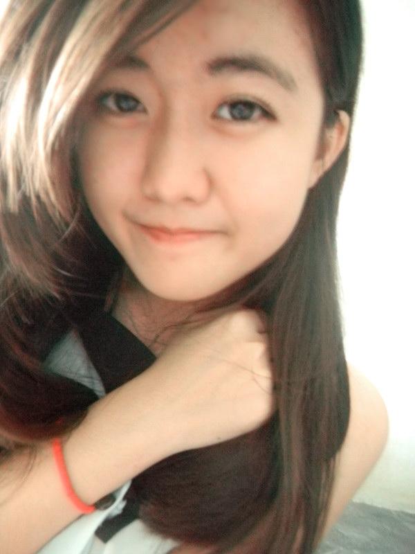 Ann Tan: The Monolid girl: Sky falling