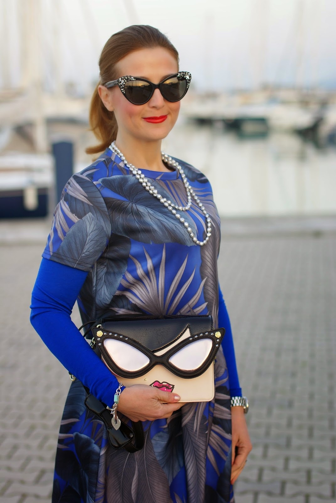 Betsey Johnson crossbody bag, ankle strap heels, blue heels, Le Silla pumps, scuba midi skirt, how to wear a crop top, Fashion and Cookies fashion blog, fashion blogger