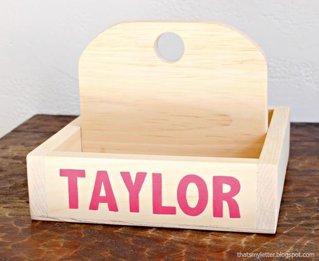 diy personalized wood caddy