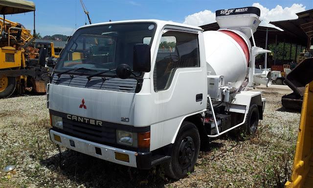 Mitsubishi Canter Mixer Truck FE315BN