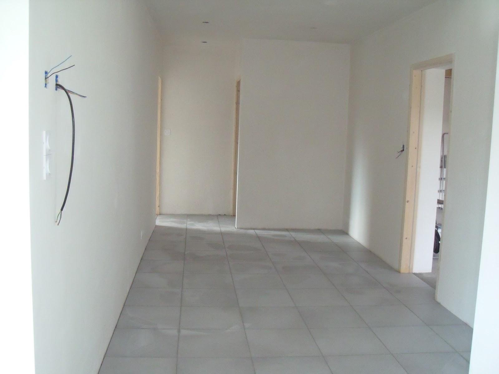 Maison de domi construction kervran ma onnerie derrien for Enduit sur carrelage