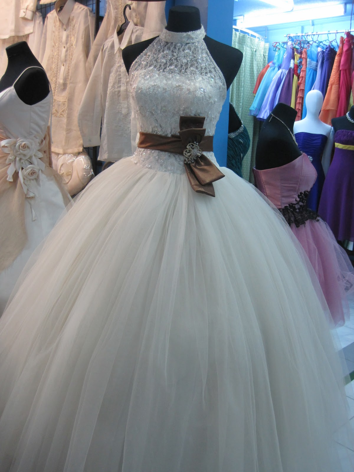 Nice Bridal Gowns Rentals Pattern - All Wedding Dresses ...