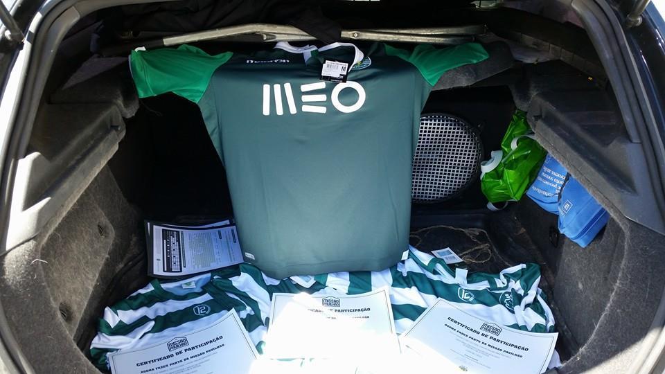 http://3.bp.blogspot.com/-S4U3s8cjoGg/U_Tos7yGlLI/AAAAAAAAWJ4/i14A2eNO9xs/s1600/Sporting-14-15-Champions-League-Kit%2B%282%29.jpg