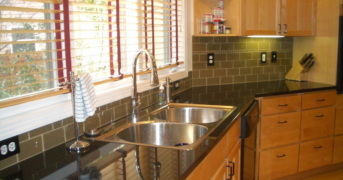 Kitchen backsplash ideas cheap for Cheap ideas for kitchen backsplash