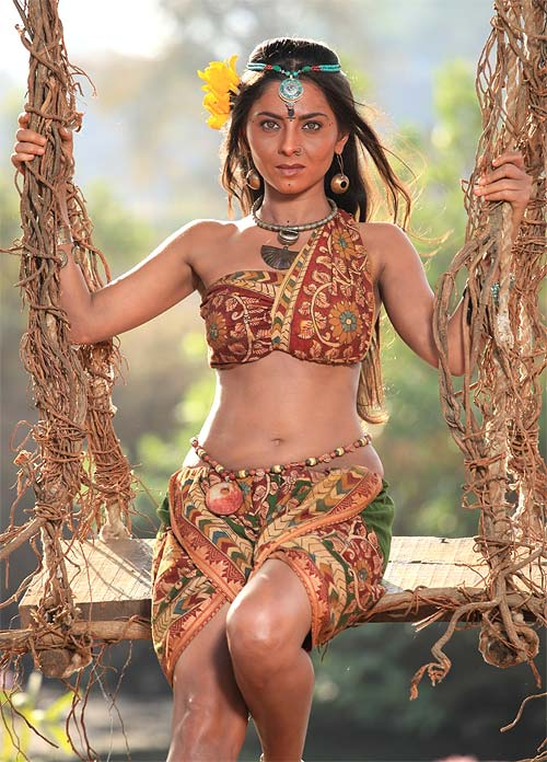 Filmi hub marathi actress sonalee kulkarnis backless poster for marathi actress sonalee kulkarnis backless poster for movie ajintha thecheapjerseys Choice Image