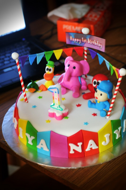 Birthday Cake Images And Msg : Rizq Cakes: pocoyo is back