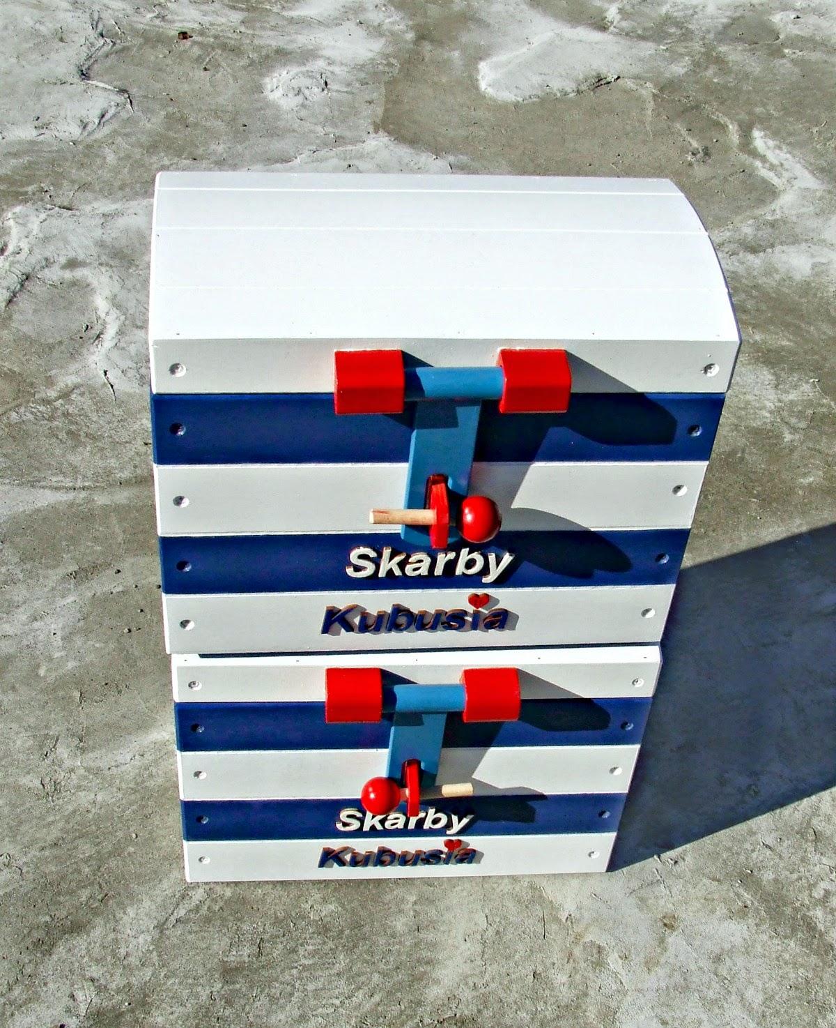 skrzynie kufry na zabawki w marynarskim stylu - pokój dla dziecka w marynistycznym klimacie Eco Manufaktura