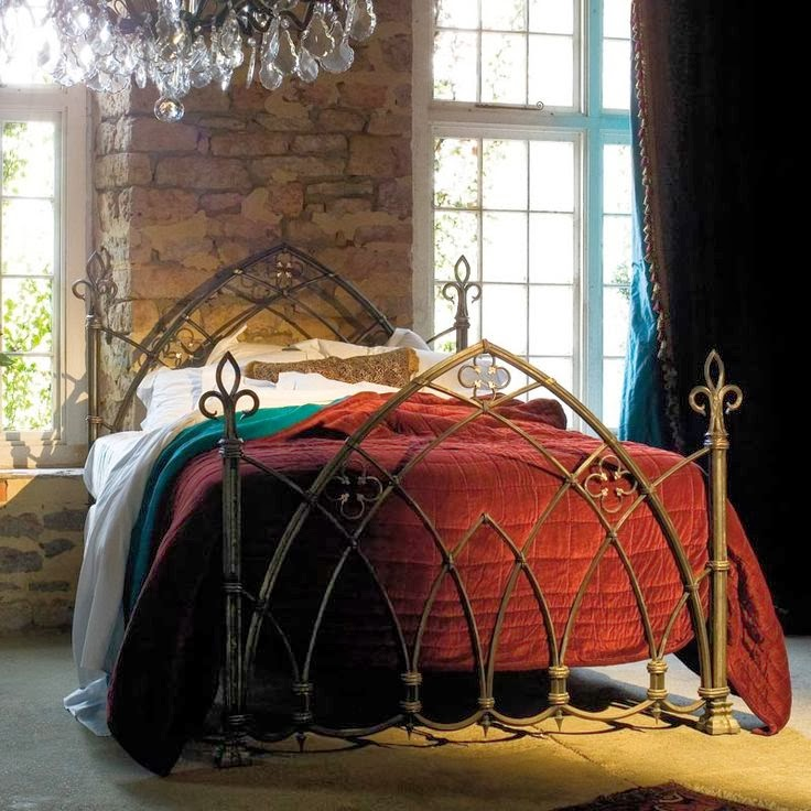 Eye for design decorating in the gothic revival style for Gothic style bed