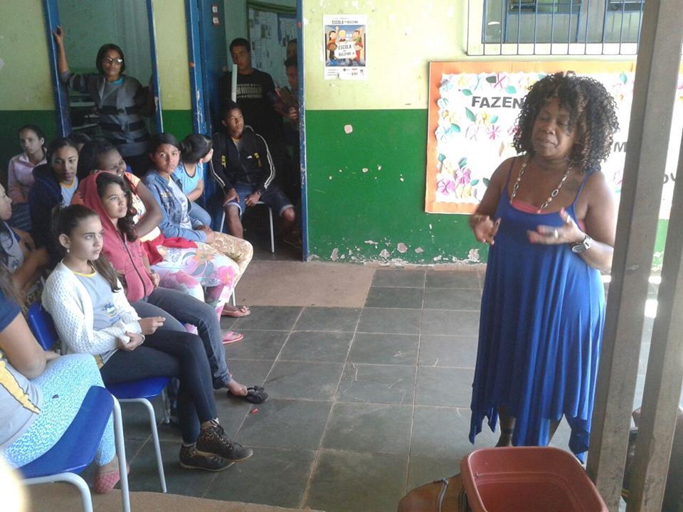 Roda de Conversa com Sandra Helena, na Comunidade de Canto d Engenho