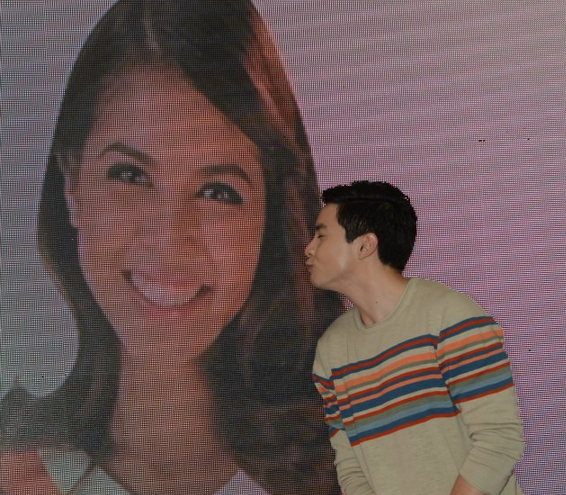 Alden Richards, Maine Mendoza, AlDub, Talk N Text