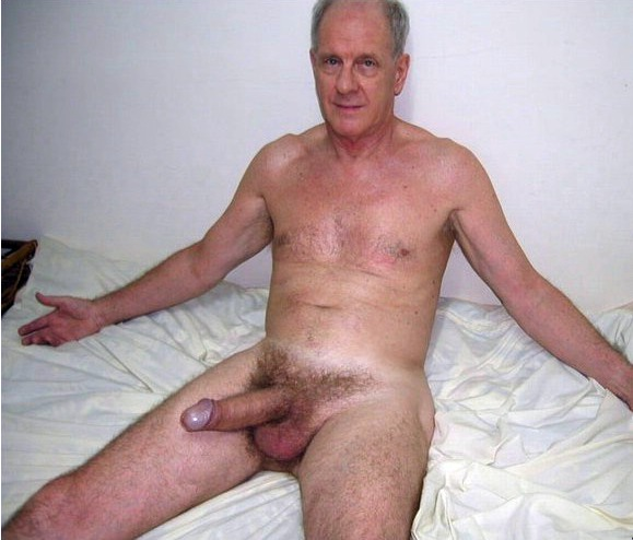 PARCELA PARA HOMBRES: MADURO SEXY 2