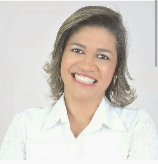 MENSAGEM DE NATAL E ANO NOVO DE DRA. ROSÂNGELA CURADO