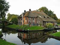 Giethoorn, Desa Unik Tanpa Jalan Raya