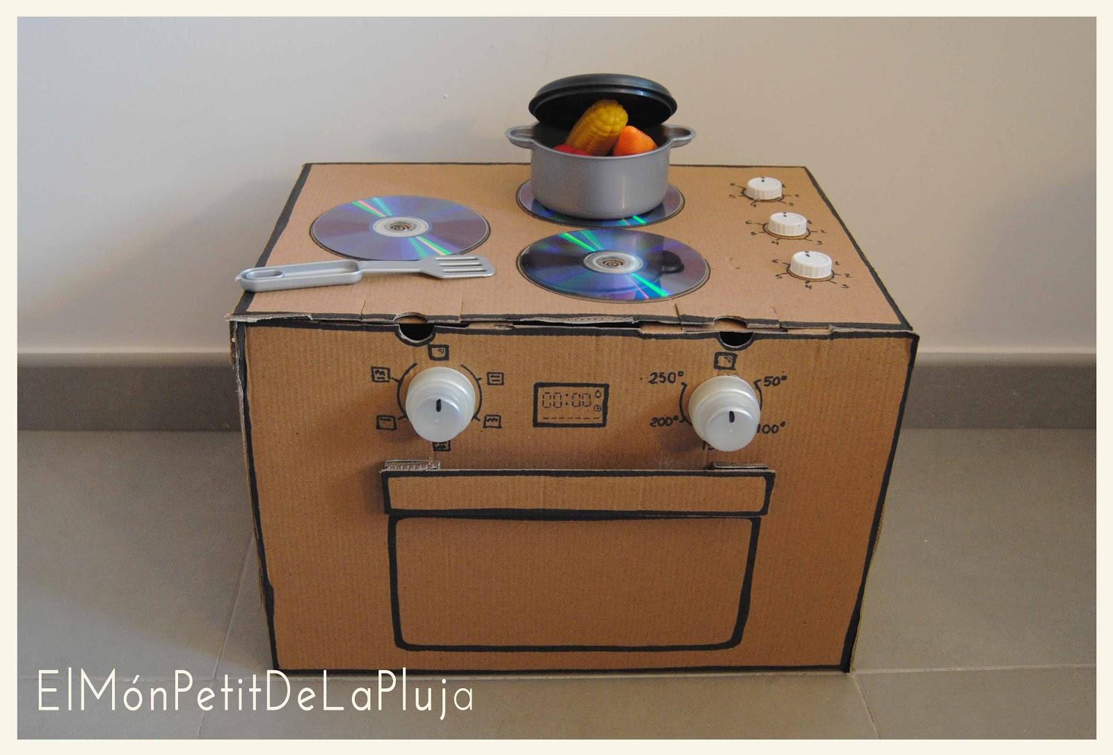 Rocio design diy una cocina con cajas de cart n 1 - Cajas para cocina ...