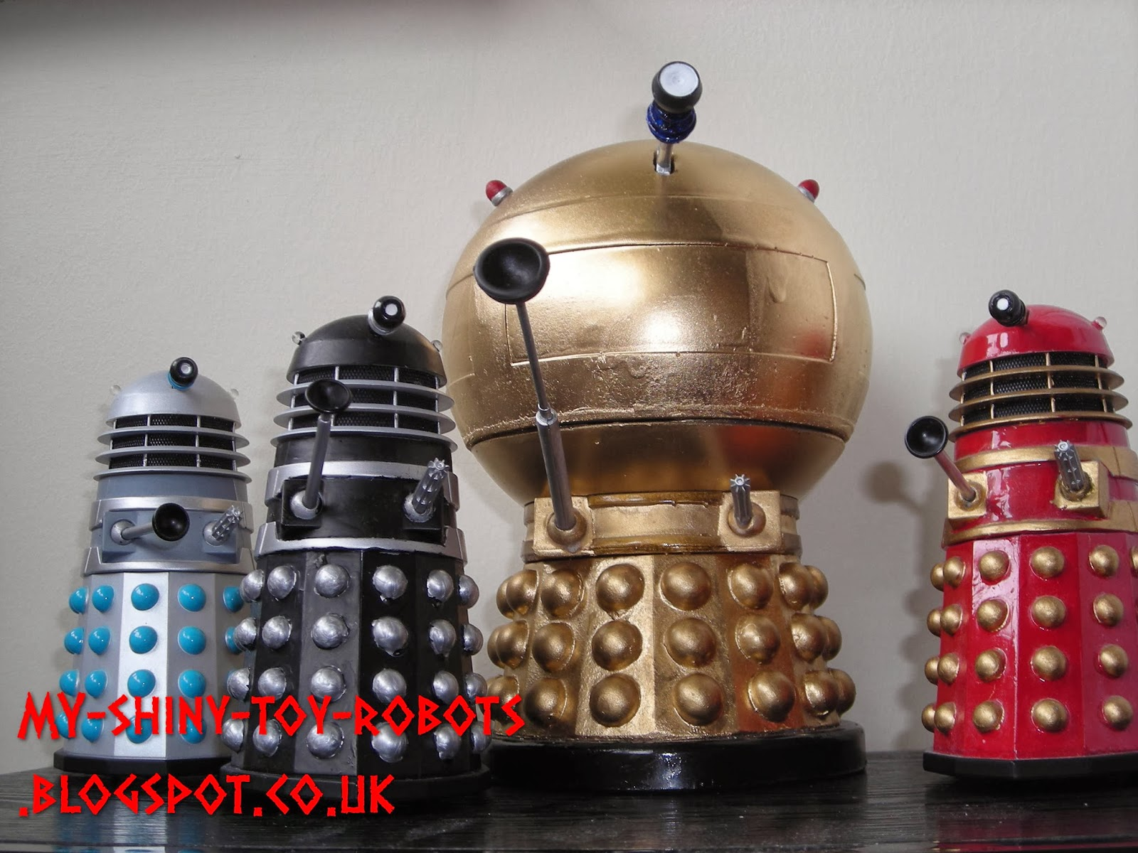 The comic Dalek army grows