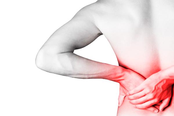 Solução para dores na coluna pode começar por mudança de hábitos