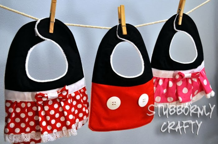 Baberos a lo Mickey y Minnie. Tutorial con plantillas.