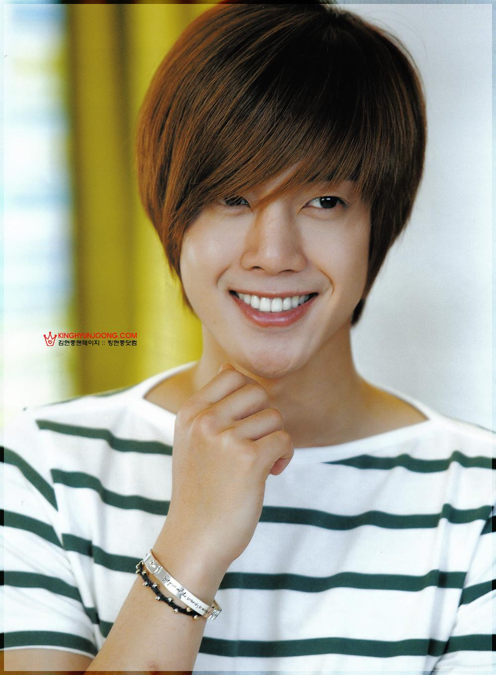 All Images Of Kim Hyun Joong http://langittselalubiru.blogspot.com/2011/08/all-picture-kim-hyun-joong.html