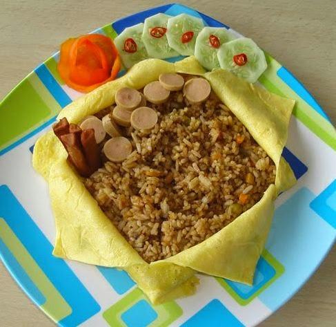 Resep Cara Membuat Nasi Goreng Selimut Telur Dadar