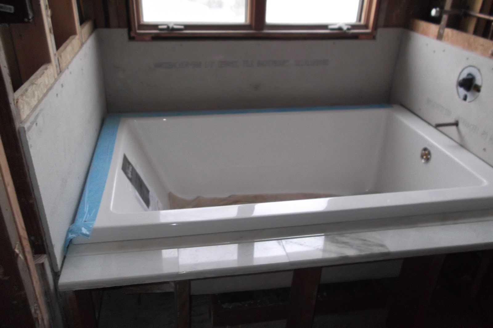It 39 s nice and deep for Deep alcove bathtubs