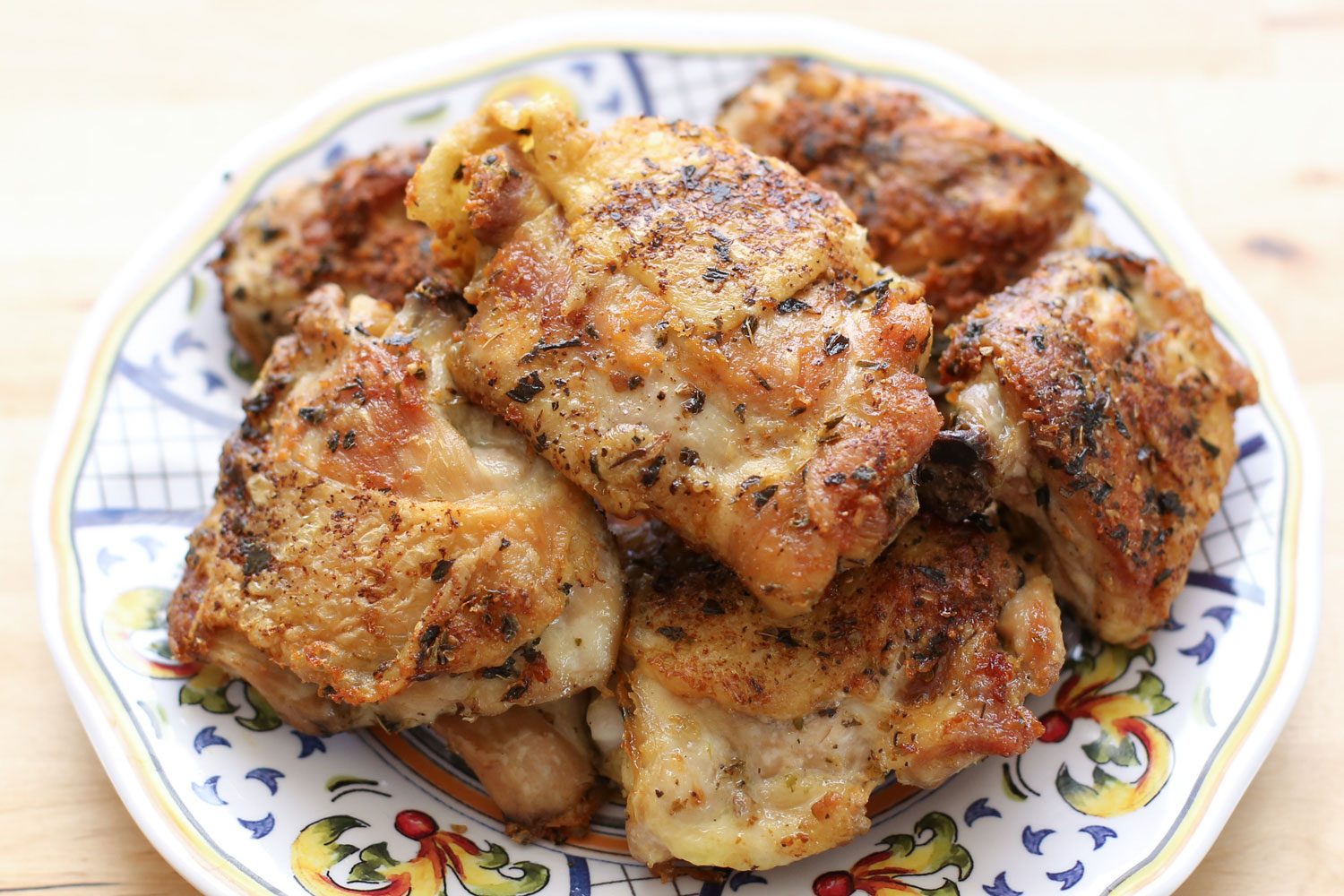 Pan Fried Italian Chicken Thighs, crisp and juicy with only a ...